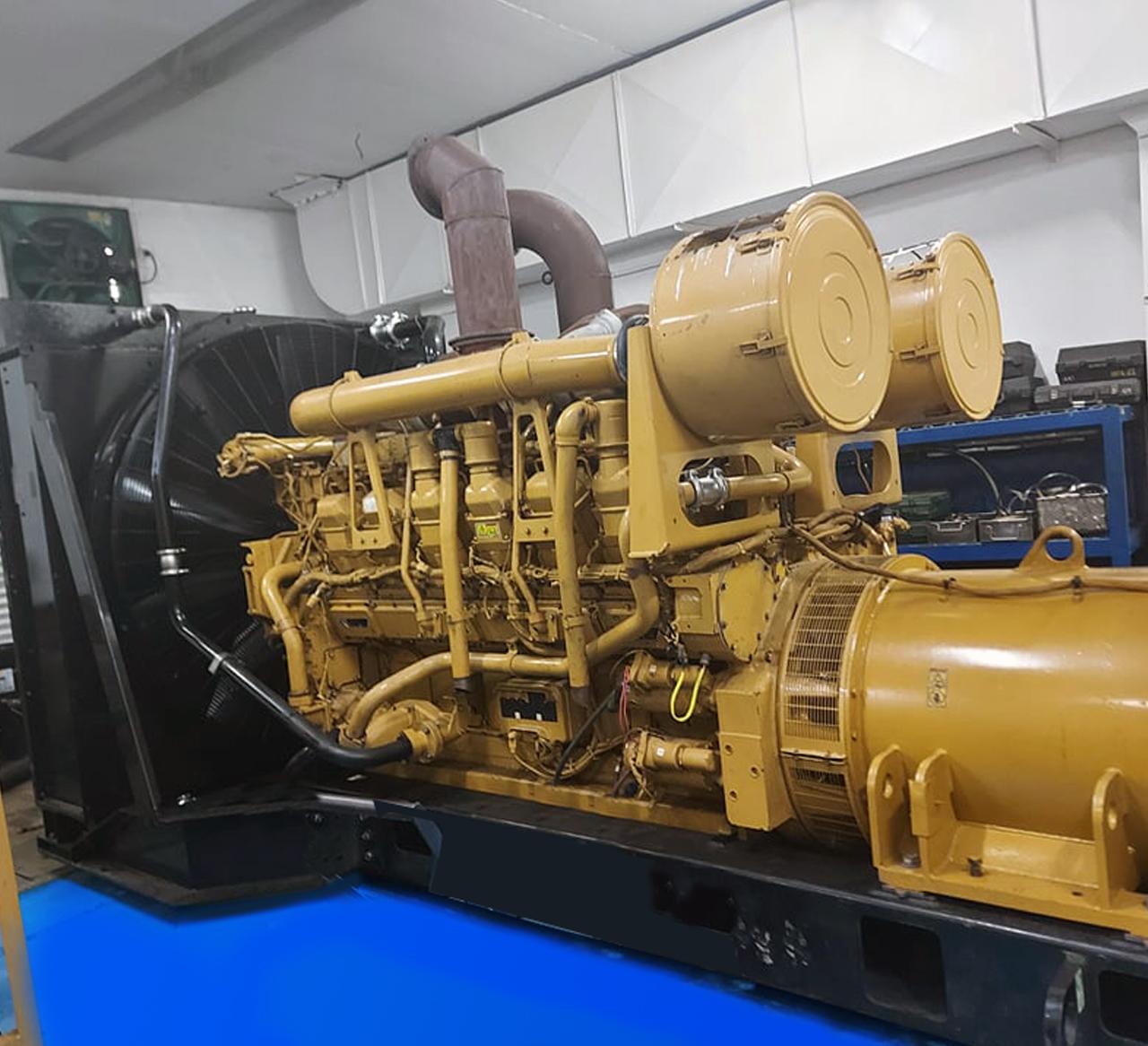 YAM00800 CAT 3512B 1500 kW 01